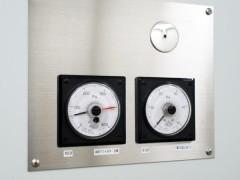 気圧計(手術室)の写真
