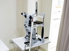 眼科用YAGレーザー手術装置の写真